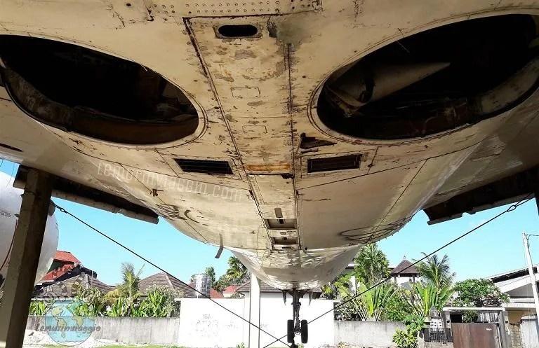 storia di un Boeing 737 abbandonato