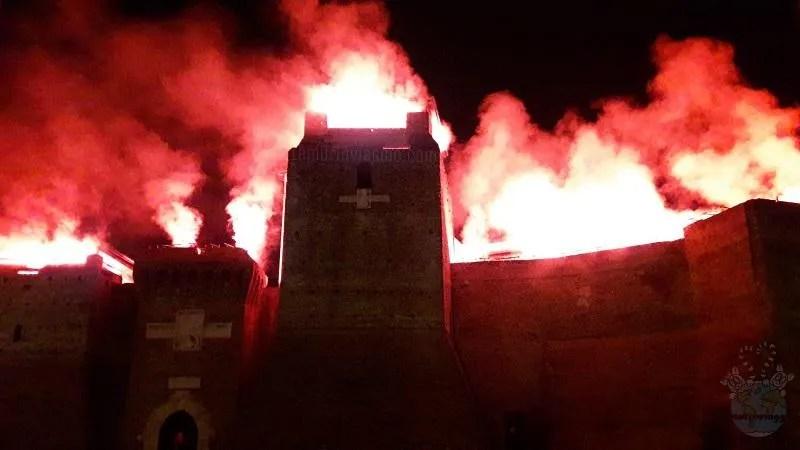 Capodanno a Rimini , Castel Sismondo sembra incendiarsi