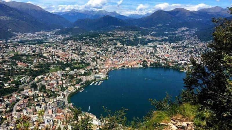 Veduta del lago di Lugano