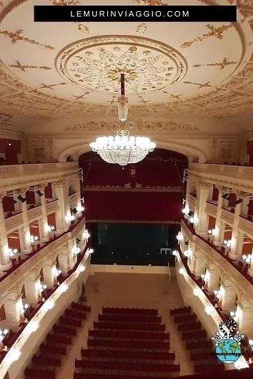 interno del teatro Galli di Rimini