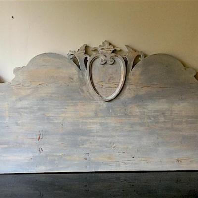 testata letto antica legno