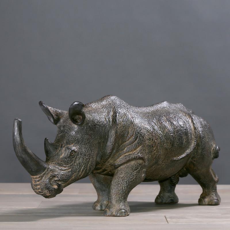 scultura rinoceronte terracotta