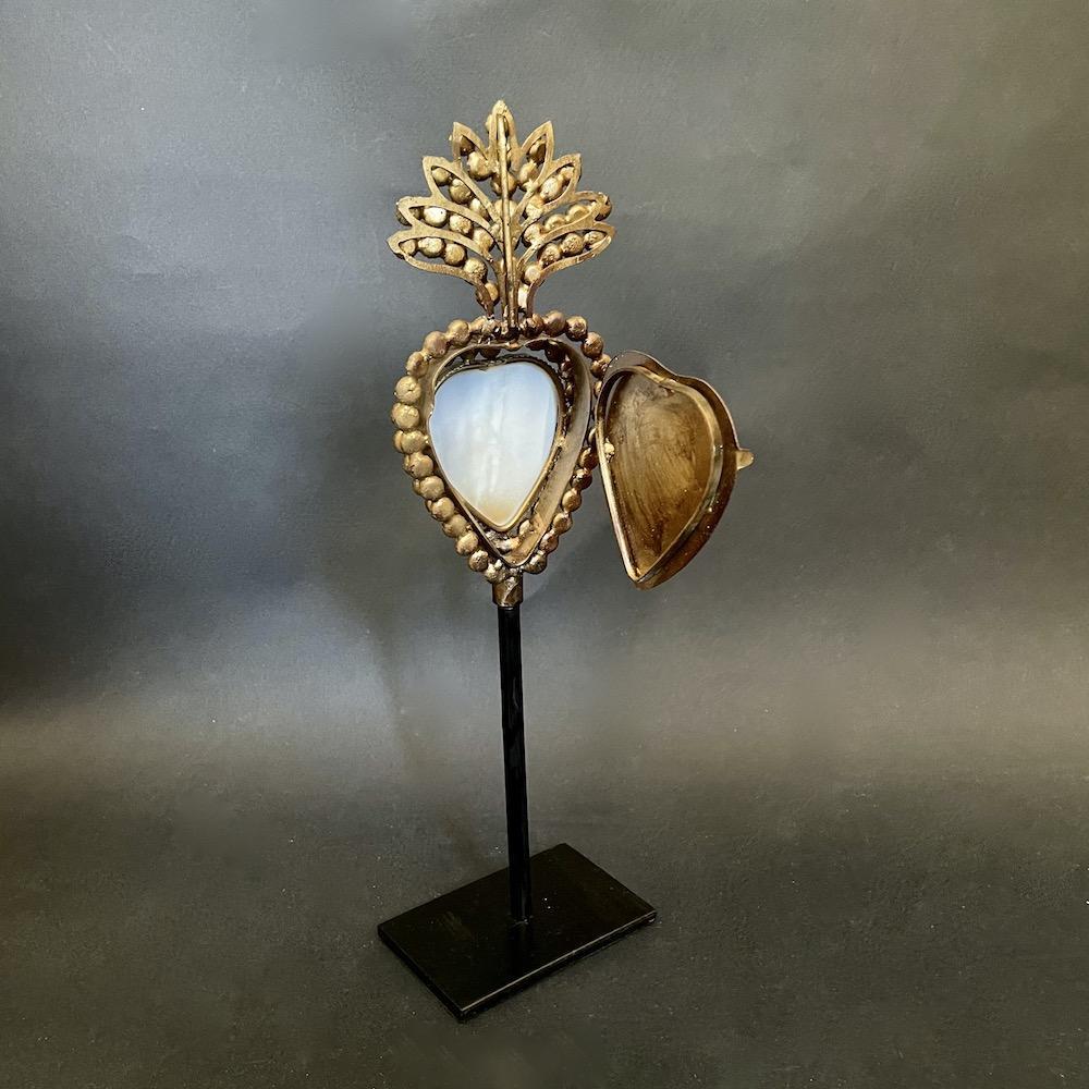 scatola cuore piedistallo