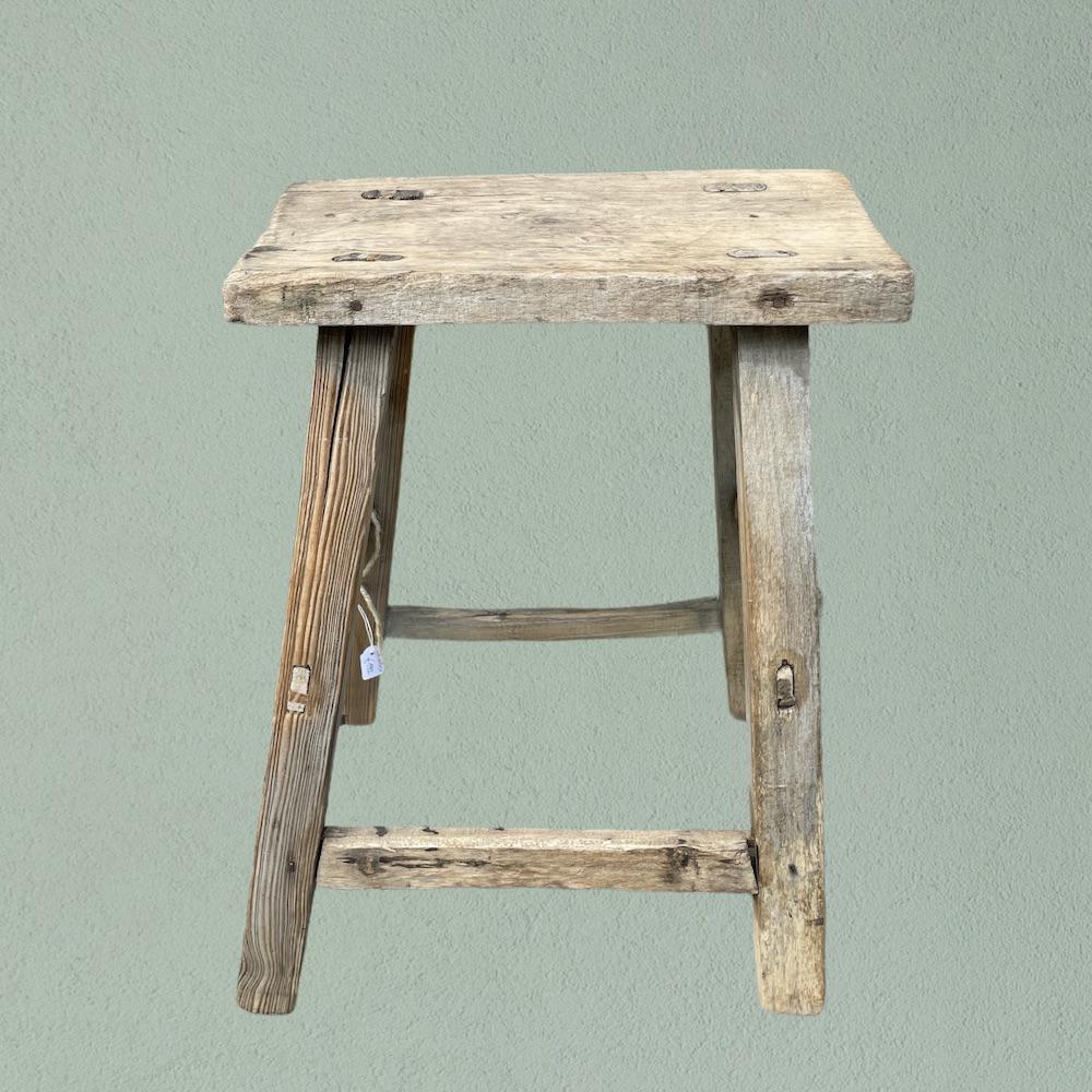 sgabello legno vintage A