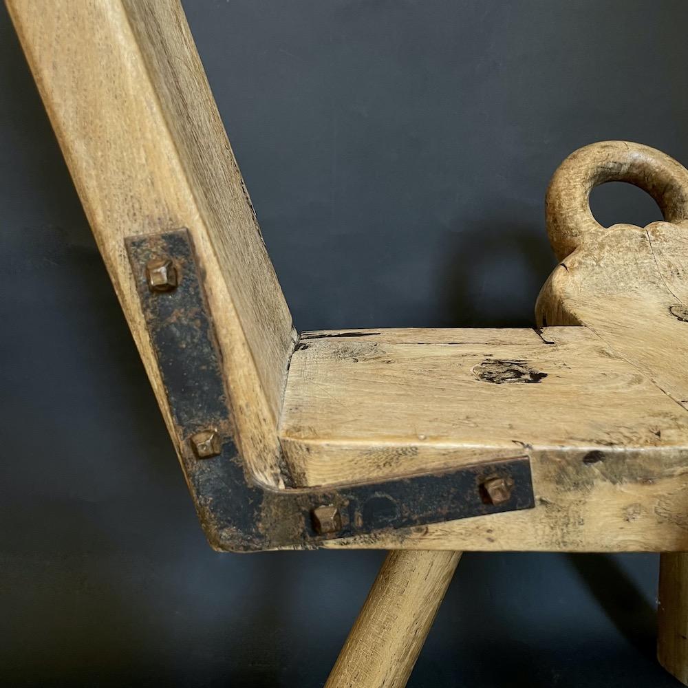 sgabello legno vintage