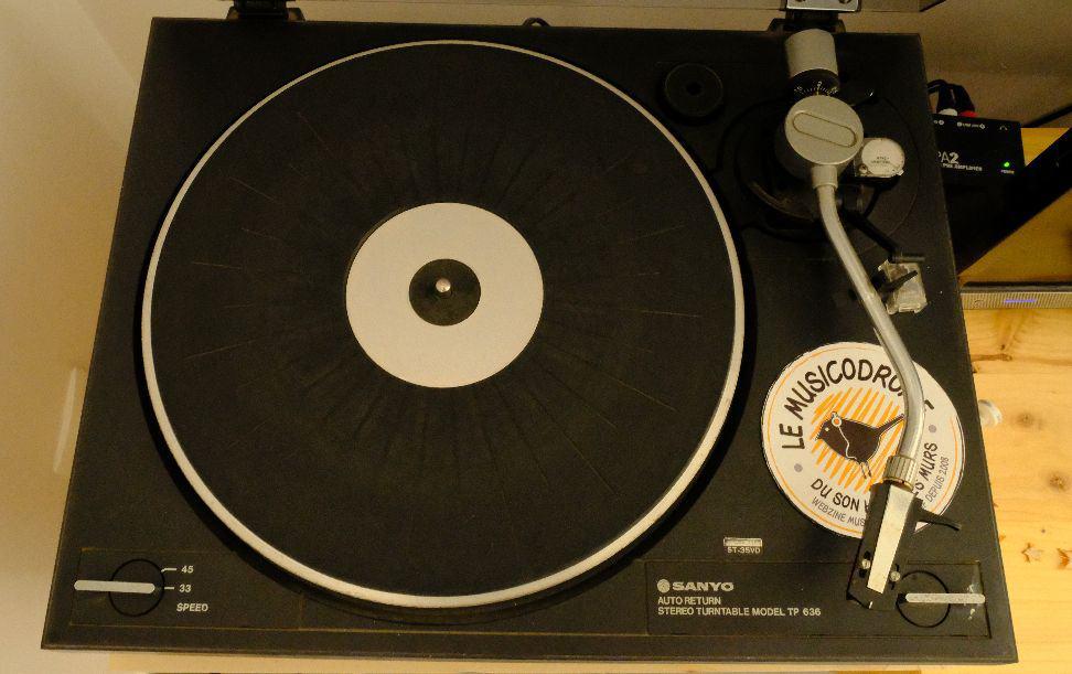 comparaison box musique vinyles