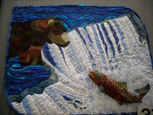 Small quilt - bear fishing