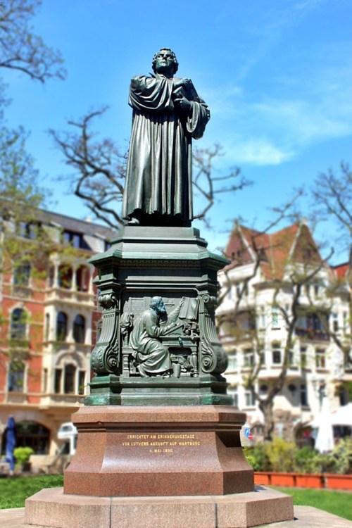 Eisenach Luther Statue