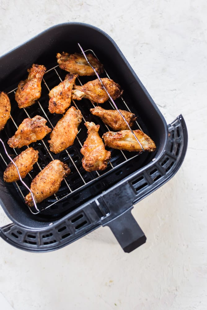 Extra Crispy Air Fryer Wings cooked in the air fryer. lenaskitchenblog.com