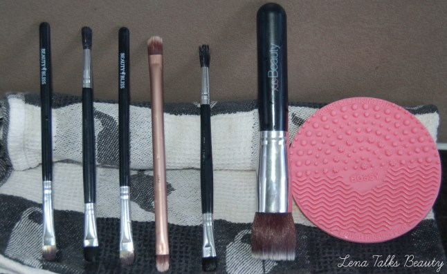 Bossy brush cleaning pad clean brushes