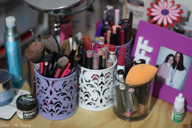 Makeup brush storage and makeup storage - Lena Talks Beauty