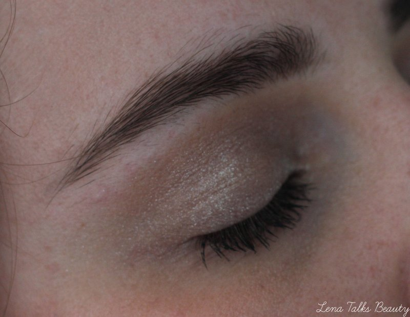 MAC-fairy-land-foiled-shadow-faerie-whispers-collection-lena-talks-beauty