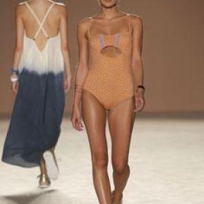 Bikini en bandeau 129€