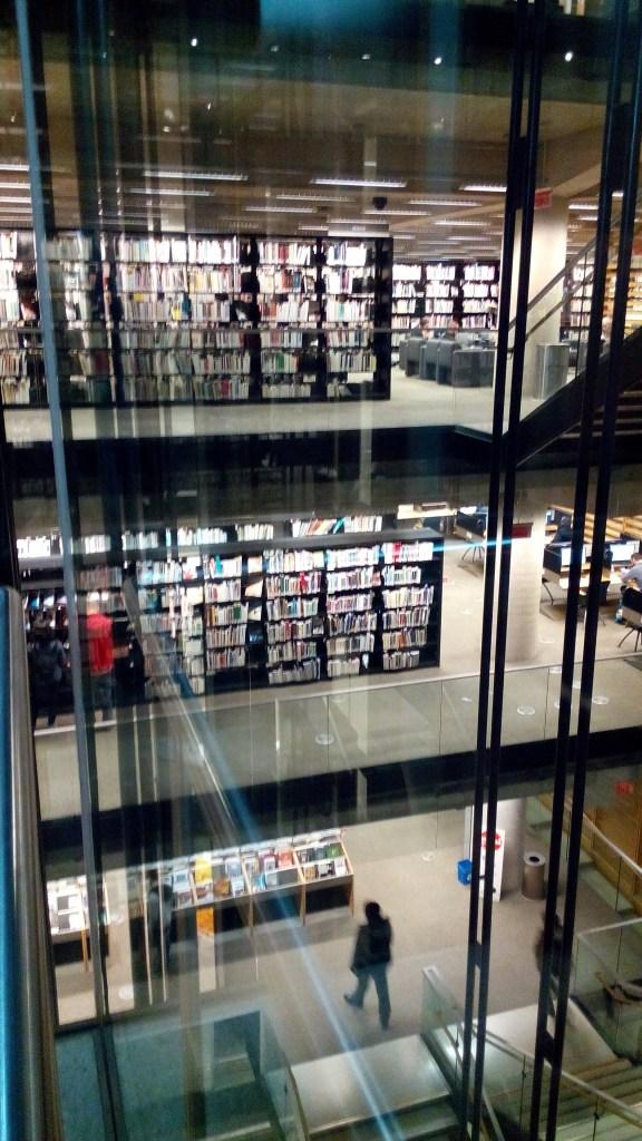 Grande bibliothèque de Montréal