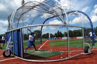 slid-show-pic-of-batting-practice