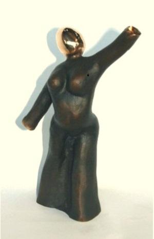 bronzeskulptur_lene_purkaer_stefansen_bronzefigur_kunst_skulpturer_grib_efter_livets_muligheder