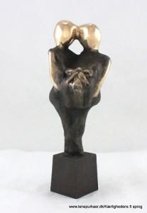 kaerlighedens-5-sprog-gaver-lene-purkaer-stefansen-bronzeskulptur-kaerlighed-kunst