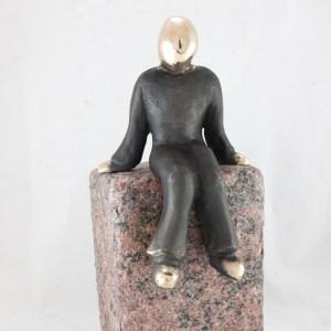 kunst_bronzeskulptur_lene_purkaer_stefansen_et_blik_mod_fremtiden