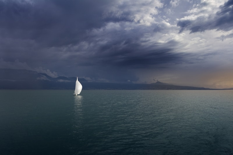 Storm moves up Lac Léman