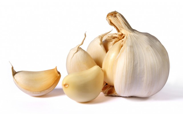 http://www.dreamstime.com/royalty-free-stock-images-garlic-image14279519