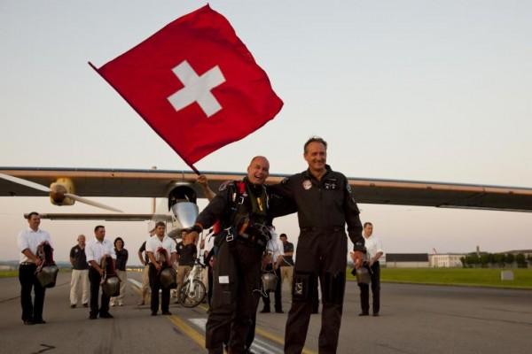 Arriving in Payerne 2012 Solar Impulse