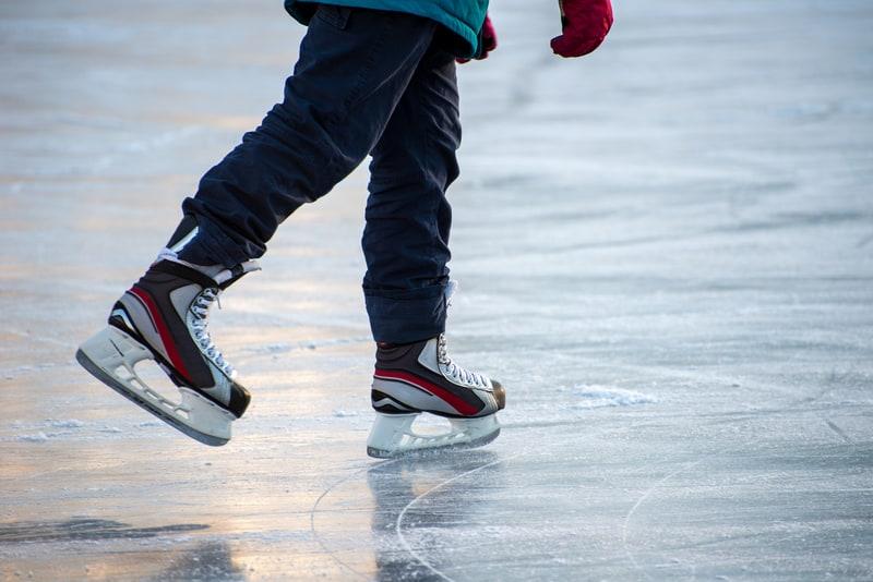 Ice skating lake geneva regio