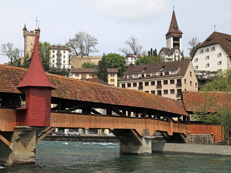 Old mill bridge in Lucerne - © Inna Felker | Dreamstime.com