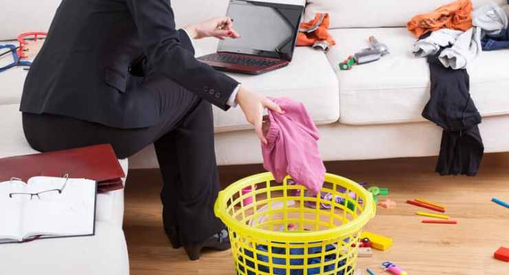 Women in Switzerland do far more housework than men, particularly in three areas