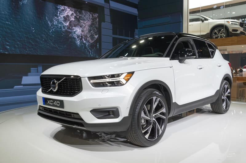 Geneva International Motor Show Visitor Numbers Down In - Car show geneva