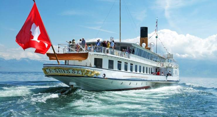 Lake Geneva's beautiful paddlewheel boats – getting there is way more than half the fun