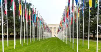 Percentage in Geneva who are only Swiss shrinks to nearly a third