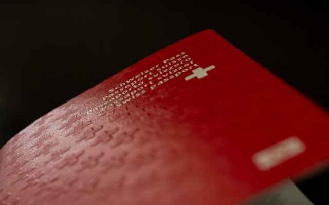 Woman set to lose Swiss citizenship