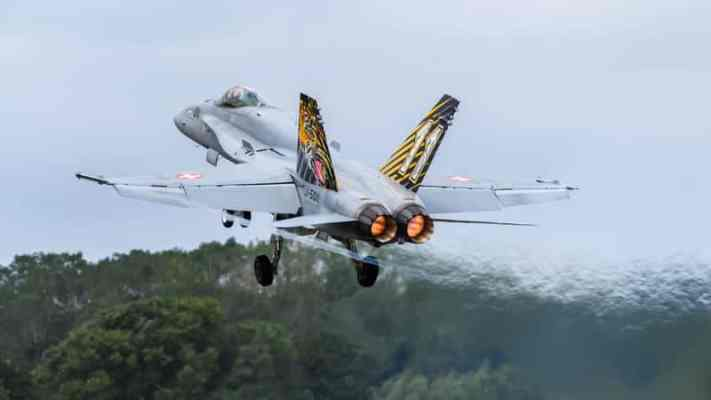 Swiss parliament approves new 6 billion franc fighter jet purchase