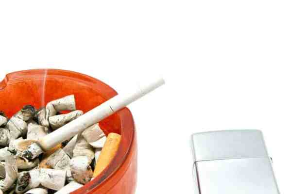 Non-smokers a minority among men in Switzerland