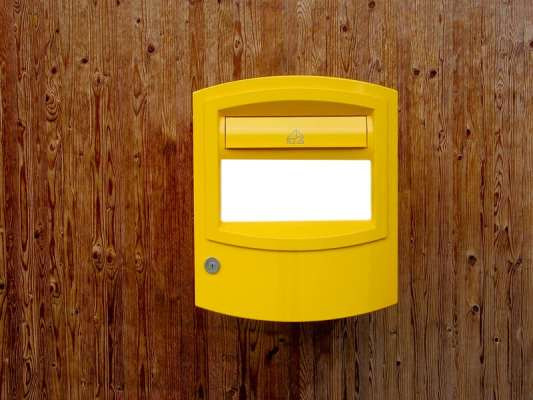 Swiss Post stops accepting parcels and letters to China