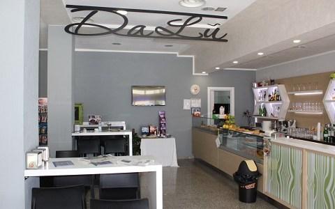 Bar DaLù: Caffetteria, Pizzetteria, Tavola Calda. Belvedere Marittimo.