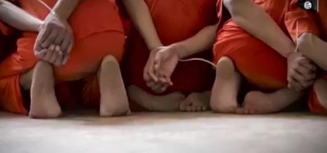 ISIS macella uomini, video inedito Attenzione immagini forti.