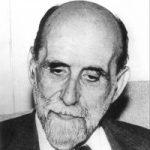 """MD98, MADRID, 9/05/06.- Foto de archivo (sin fecha, años 50) del poeta Juan Ramón Jiménez, Premio Nobel de Literatura en 1956, que perpetúa en """"Ellos"""" la memoria de los suyos, principalmente de sus familiares, de su madre Pura y su hermano Eustaquio, y también la de algunos amigos, sus """"afinidades elegidas"""". Los pensamientos finales del poeta fueron para su madre, como recuerda José Antonio Expótiso, el editor de """"Ellos"""", que cita al profesor Gullón. """"Antes de morir llamó varias veces a su madre. Fueron sus últimas palabras"""". EFE-ARCHIVO ESPAÑA-JUAN RAMÓN JIMÉNEZ 2006-76662.JPG"""