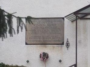 : Reformed church, plaque on its facade - Kossuth Lajos utca, [[:en:Isaszeg|Isaszeg]], [[:en:Pest County|Pest County]], [[:en:Hungary|Hungary]].}}{{hu|1=: Református templom, homlokzat részlet, Wysocki József emléktábla a bejárattól balra - [[:hu:Pest megye|Pest megye]], [[:hu:Isaszeg|Isaszeg]], Kossuth Lajos utca ([[:hu:3103-as közút|3103-es számú közút]]) {{Object location|47|32|15.97|N|19|23|45.88|E}}