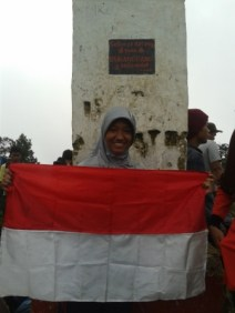 Dida's First Peak. Ciee :P