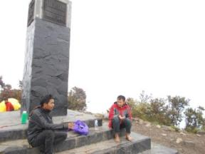 Bersama pendaki lain