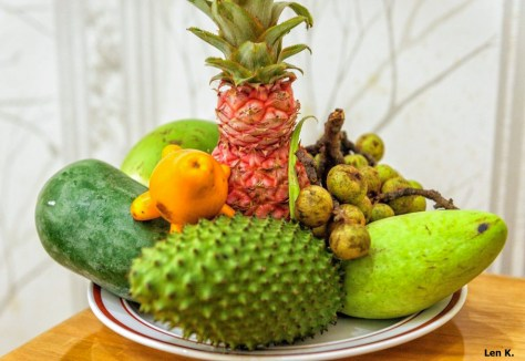 Ngũ quả (The Five Fruits) which is usually used for offering at the family alta