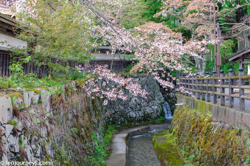 On the street of Kōyasan