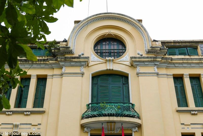 Elaborate balcony
