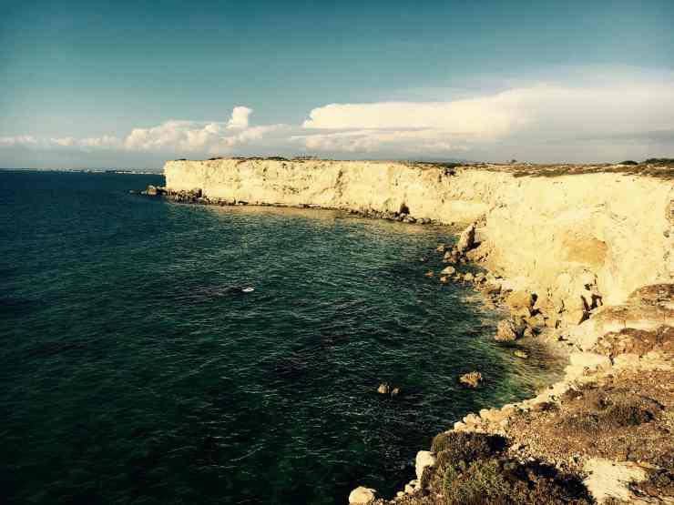 unstable cliff edge