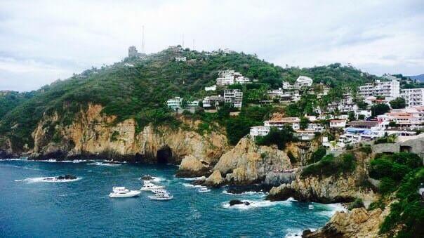 cliff divers, La Quebrada, Acapulco, Mexiko