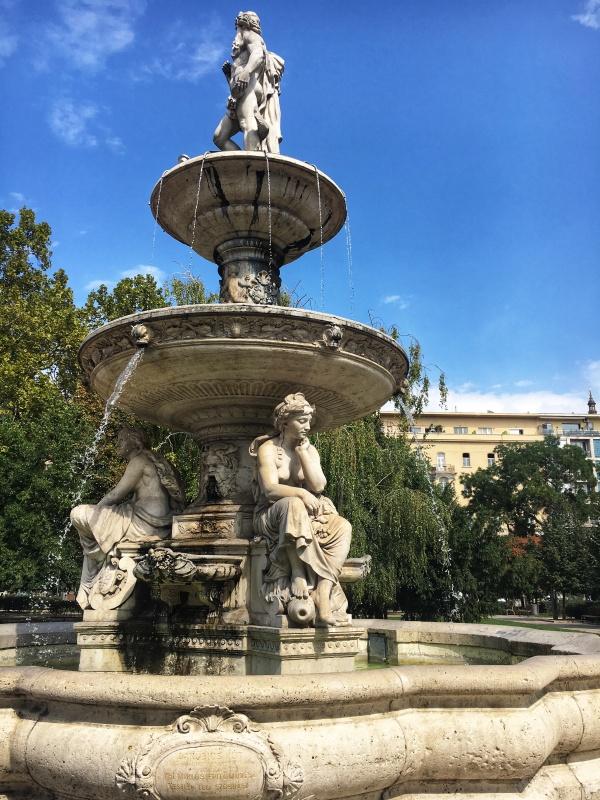 Danubiusova fontána, Budapešť, Maďarsko