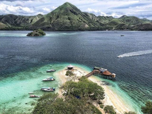Ostrov Kelor, Komodksý národný park, Indonézia