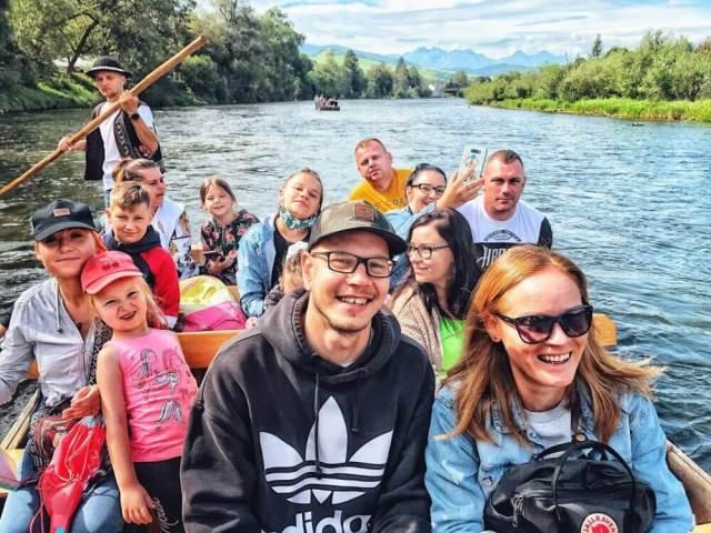 Lenka Says, LenkaSays, Travel & Lifestyle Blog, blog o cestovaní, blog o životnom štýle, cestovateľský blog, lajfstajlový blog, Pieniny, Červený Kláštor, splav Dunajca