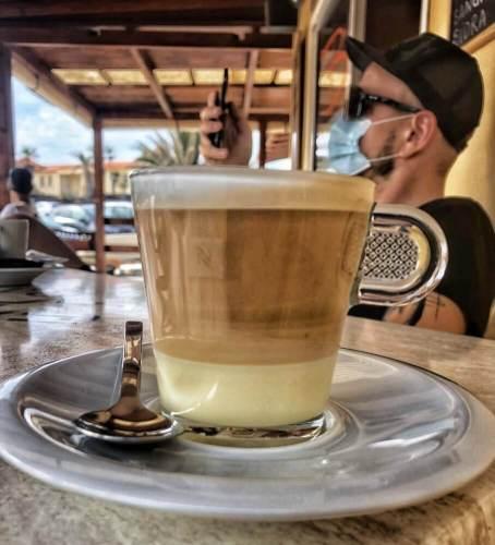 káva s milekom a salkom - jedlo Kanárske ostrovy
